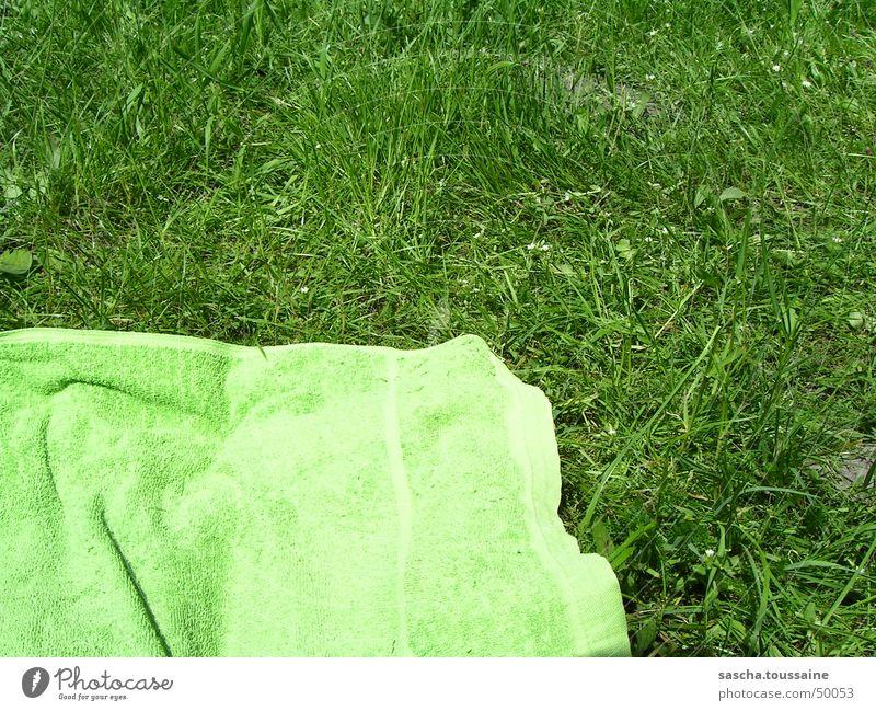 Green on green / green at green Towel Lawn Grass Lie Sun Sunbathing Solar Power Swimming & Bathing Cloth Beach Meadow Summer Leisure and hobbies beach towel