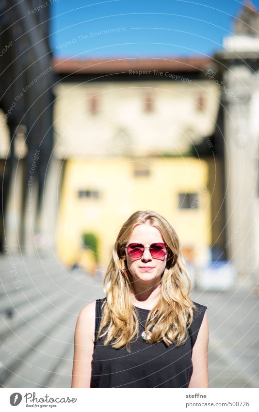 Portrait of a young woman Human being Feminine Young woman Youth (Young adults) 1 18 - 30 years Adults Florence Sunglasses Blonde Long-haired Part Beautiful