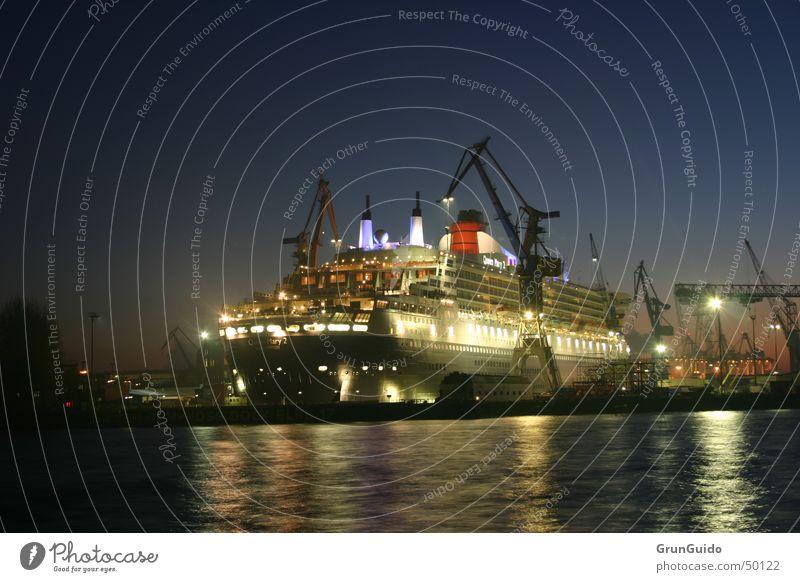 Queen Marry 2 Exterior shot travel freedom luxury queen marry Harbour Hamburg Water