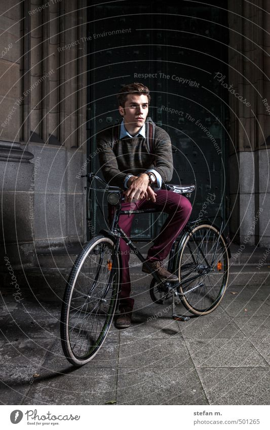 Traveller #1. Lifestyle Style Vacation & Travel Trip Cycling tour Human being Masculine Young man Youth (Young adults) 18 - 30 years Adults Old town Dome