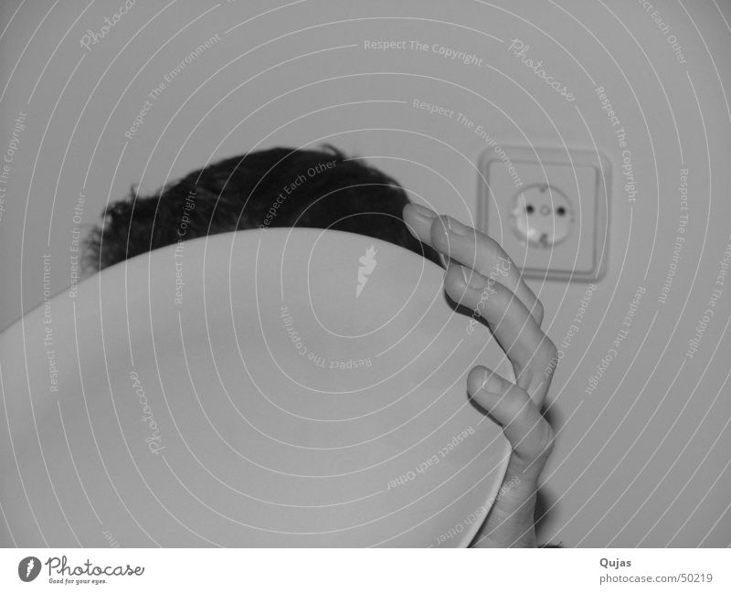 Hand White Black Hair and hairstyles Funny Fear Fingers Electricity Round Simple Protection Plate Hide Dynamics Harmonious Respect