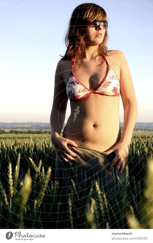 Woman Youth (Young adults) Beautiful Sun Joy Summer Freedom Field Germany Eyeglasses Delicate Lady Sunglasses Cornfield
