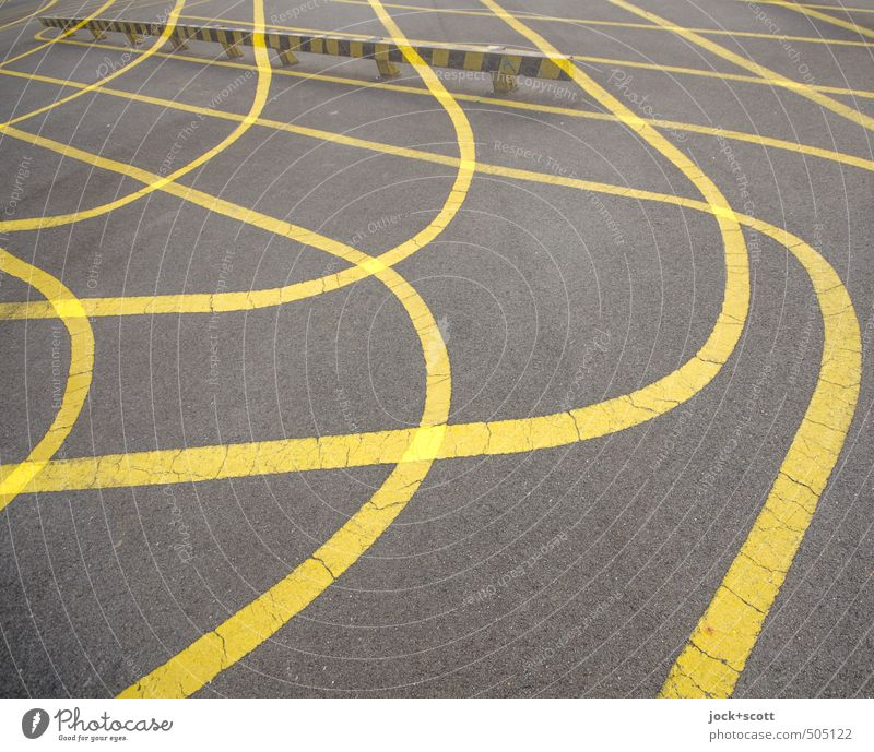 Crossover exercise Sporting Complex Skate park Long Many Yellow Attentive Lanes & trails Double exposure Curved Arch Reaction Illusion Boundary Line width