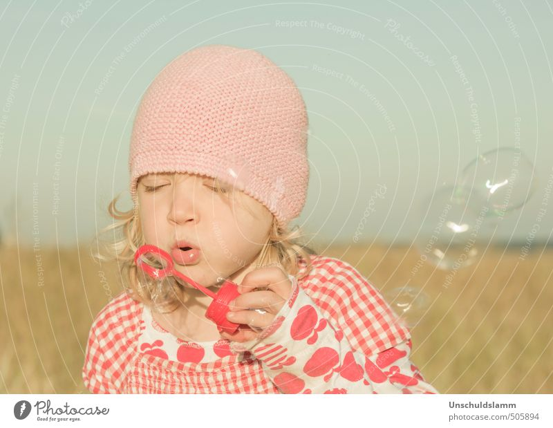 Human being Child Blue Summer Red Girl Joy Face Life Emotions Playing Happy Bright Pink Leisure and hobbies Idyll
