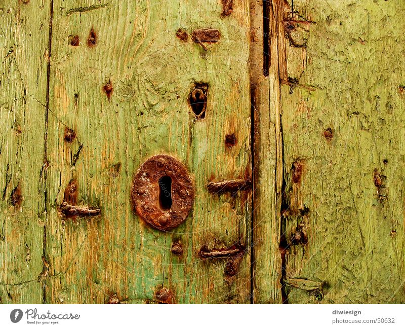 Old gate lock Wood Green Nail Key Gate Splinter Yellow Castle Hollow Door Furrow span rivet Rust