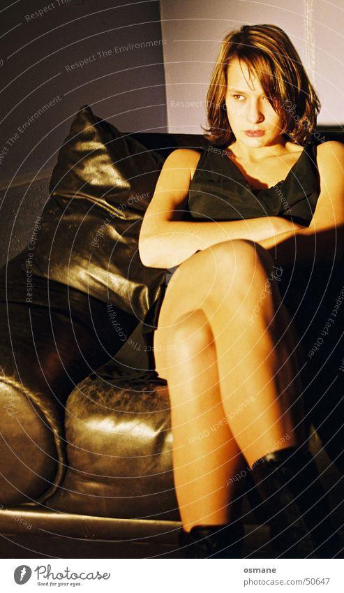 Lisa Evil Woman Anger Legs leather sofa Shadow Light bitchy