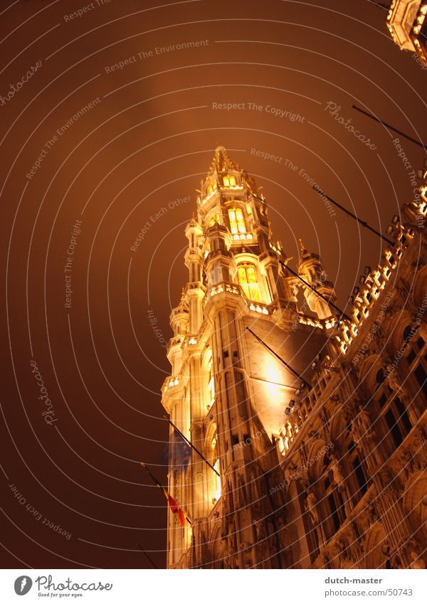 Brussels in the mist Grand Place Fog Night Light Philosopher Paris Trip Lamp Vail Dark Exposure Building Delay Vacation & Travel Belgium Deep Cold Winter Europe