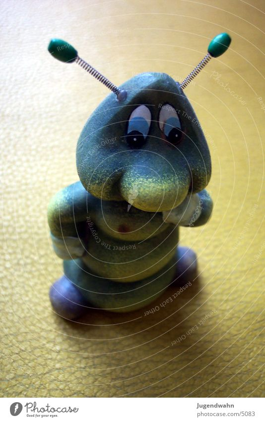 Worm with wire ears Toys Posture