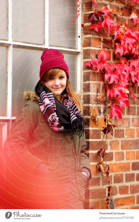 Red Autumn (II). Style Feminine Young woman Youth (Young adults) Woman Adults 1 Human being 18 - 30 years Nature Autumn leaves Colour Ivy Brick Wall (building)