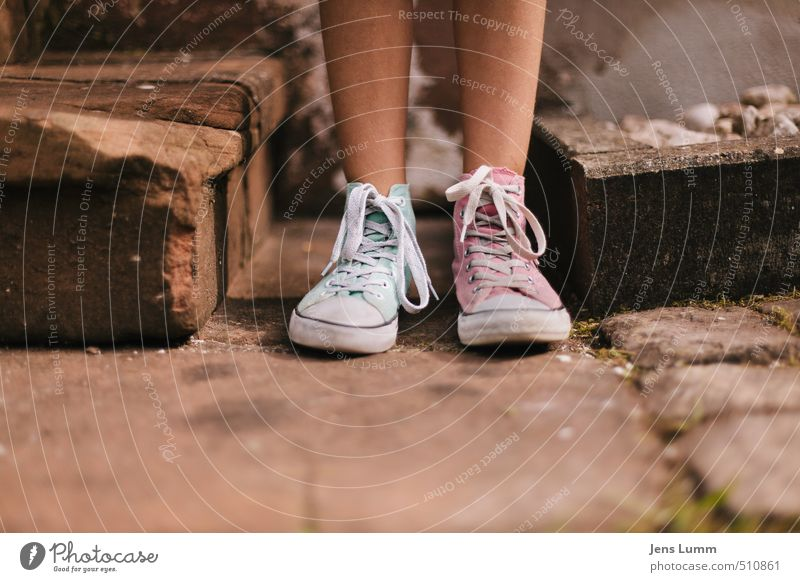 Human being Child Youth (Young adults) Green Summer Wall (building) Feminine Wall (barrier) Exceptional Feet Fashion Pink Stairs Infancy Footwear 13 - 18 years