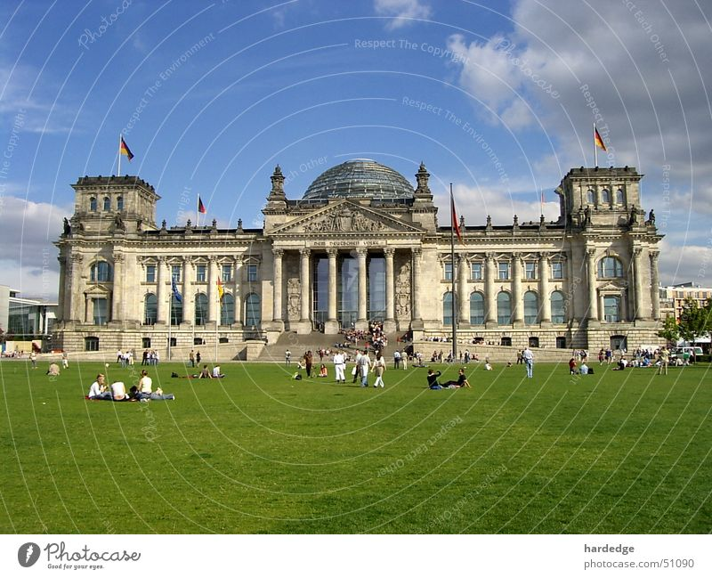 Berlin Meadow Tourist Reichstag