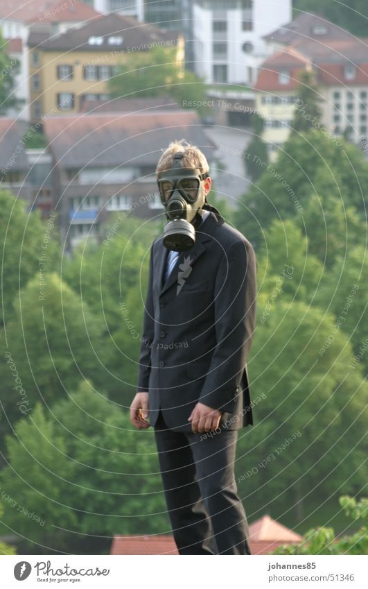 Fine dust? Respirator mask Suit Town