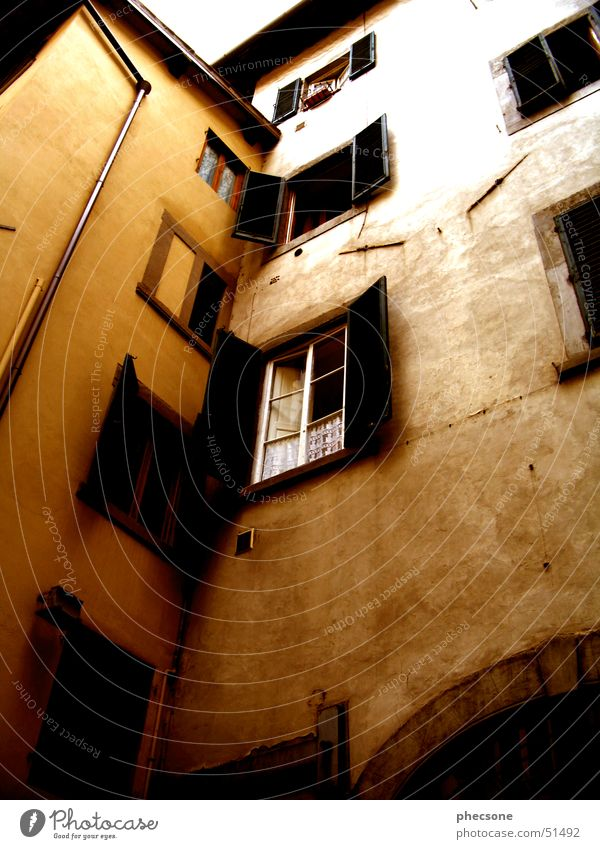 Finestra Tuscany Florence Europe Italy House (Residential Structure) Wall (building) Window Dirty Exterior shot Transience old town location shot architecture