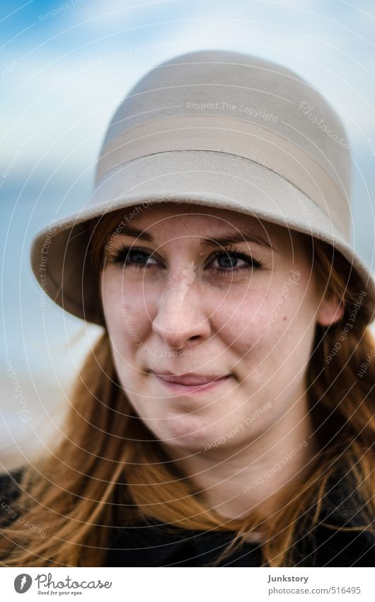 Henne with a Hat Face Human being Feminine Young woman Youth (Young adults) Woman Adults 1 18 - 30 years North Sea Coat Red-haired Think Looking Wait Beautiful
