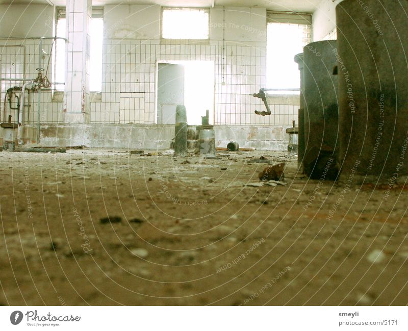 Old Loneliness Cold Brown Metal Dirty Empty Industry Floor covering Trash Tile Derelict Steel Pipe Decline Ruin