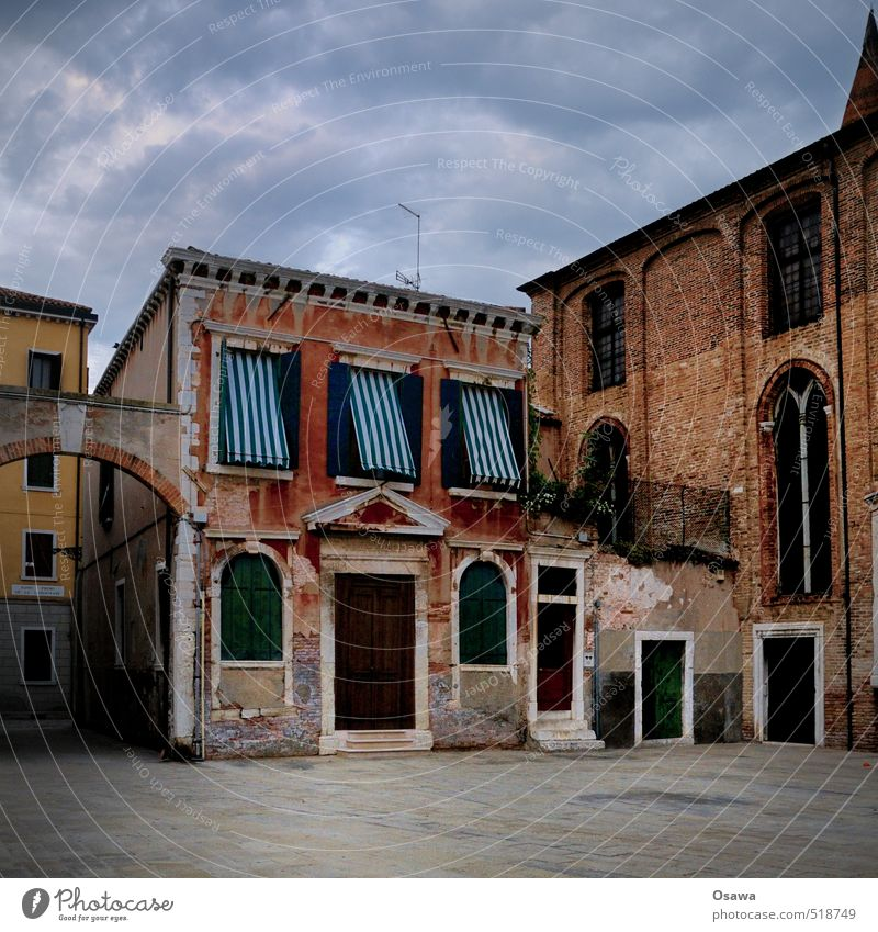 Venice Town Places House (Residential Structure) Building Apartment Building Italy Window Door Stone Wall (barrier) Deserted Copy Space bottom Copy Space top