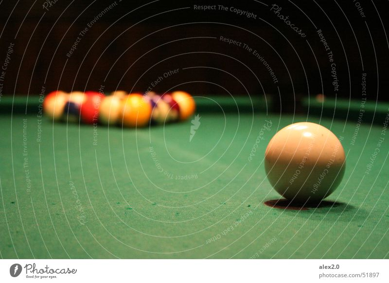 One against all Pool (game) White Green Black Pool billard Swimming pool Fear billiard Sphere Dialog partner Task Ball