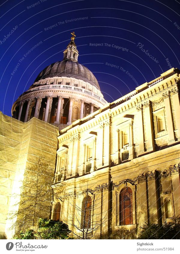 St. Paul's London St. Paul's Cathedral Religion and faith Light England Domed roof Window Roof church Column