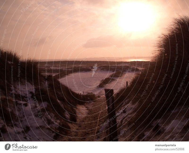 Water Ocean Red Winter Vacation & Travel Snow Grass Freedom Lanes & trails Lake Orange Germany Island Romance Beach dune North Sea