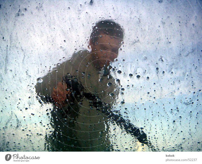 Man Water Sky Window Clean Cleaning Window pane Foam Car wash service