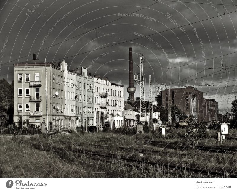 House (Residential Structure) Clouds Loneliness Grass Hamburg Industrial Photography Cable Railroad tracks Chimney Ghetto Symbols and metaphors Phoenix Harburg