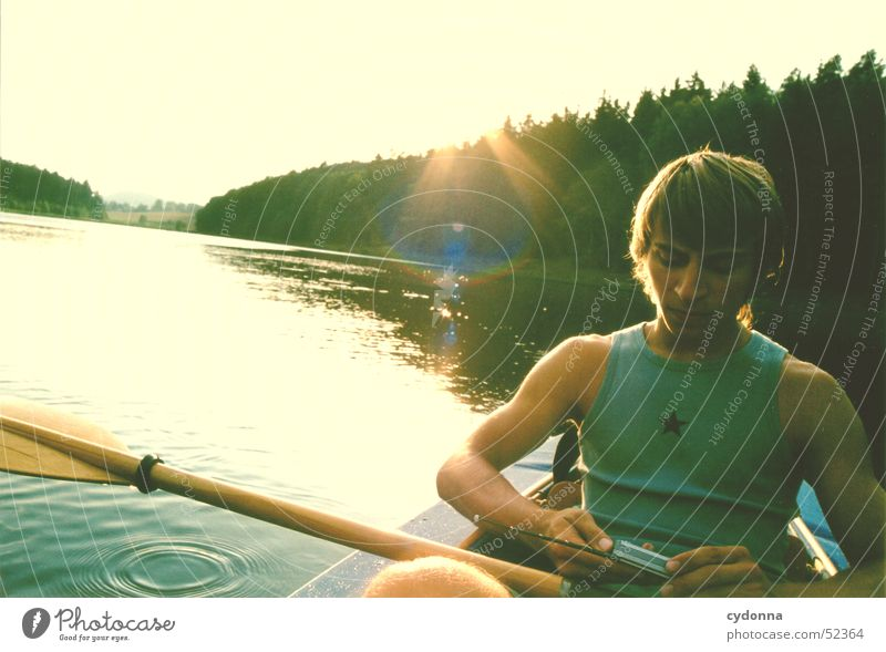 Human being Man Sun Summer Forest Lake Watercraft Trip Action Radio (broadcasting) Attempt Paddle Media Reservoir