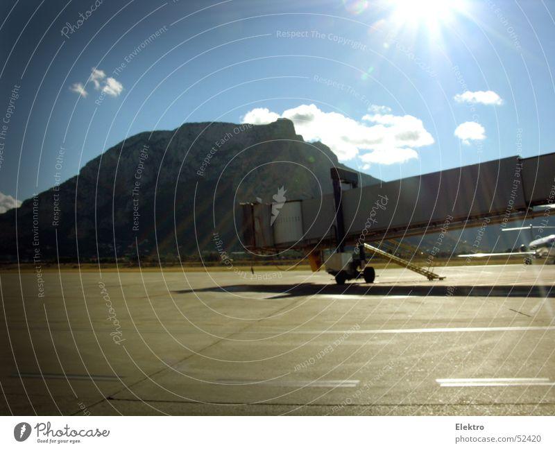 Vacation & Travel Airplane Flying Fingers Bridge Aviation Airport France Come Navigation Bridge Corridor Pilot Passenger Jet Runway Gangway