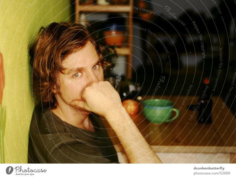 Micah Kitchen Table Wall (building) Shelves Cup Portrait photograph Green Physics Think Human being Face Arm Eyes Warmth ponder Looking Man