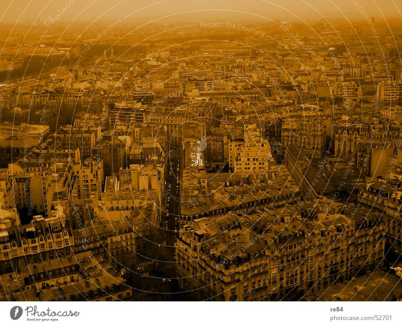 Paris, not Hilton, the Labyrinth Town France Block House (Residential Structure) Town house (Terraced house) Avenue Bird's-eye view Quarter Seine