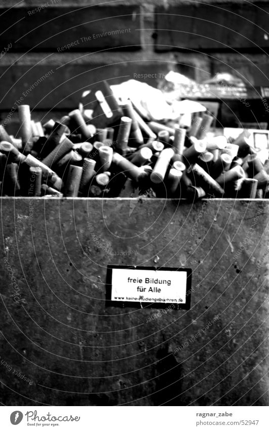 Wall (barrier) Academic studies Study Education Cigarette Alcohol-fueled Label Ashtray Cigarette Butt