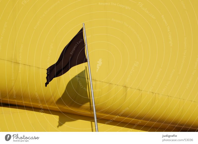 half-mast shadow Flag Black Yellow Light Hannover Flagpole Building Pavilion Lithuania Lithuanian Pavilion Modern Shadow World exposition Architecture