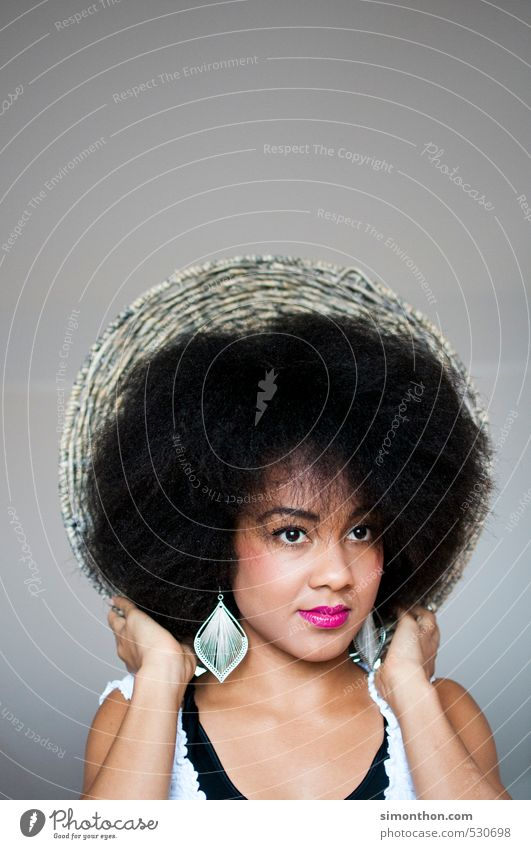 hair Beautiful Hair and hairstyles Skin Face Cosmetics Cream Make-up Lipstick Feminine 1 Human being Afro Esthetic Uniqueness Elegant Exotic Identity Creativity