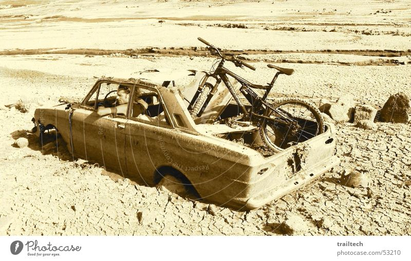 Sun Joy Loneliness Calm Relaxation Sand Stone Car Funny Bicycle Wait Free Broken Driving Desert Thin