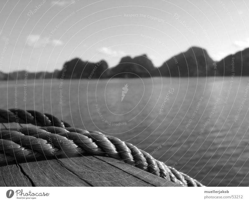 rail Watercraft Railing Wood Ocean Halong bay Vietnam Cát Bà island Coast Sailing trip Cruise Boating trip Relaxation Calm Exterior shot Rope Mountain Sky