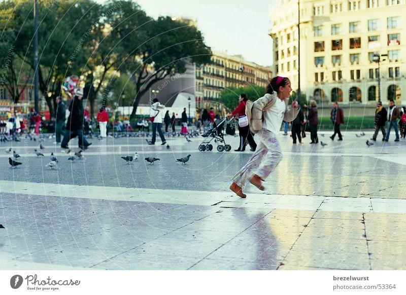 Run girls! Girl Pigeon Places Plaza Barcelona Speed Pedestrian Pedestrian precinct Park Child Bird Walking Catalonia Human being Running