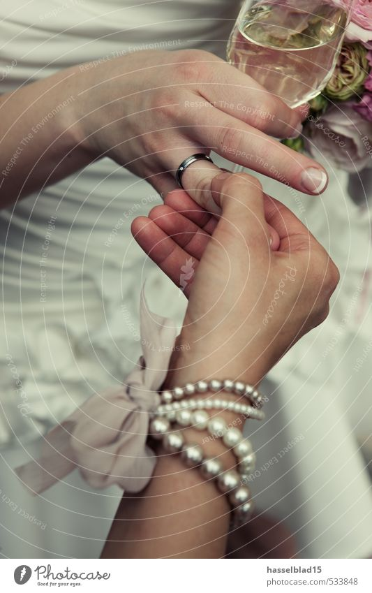 Human being Woman Youth (Young adults) Young woman Hand Calm Joy Adults Life Feminine Happy Feasts & Celebrations Friendship To enjoy Wedding Indicate