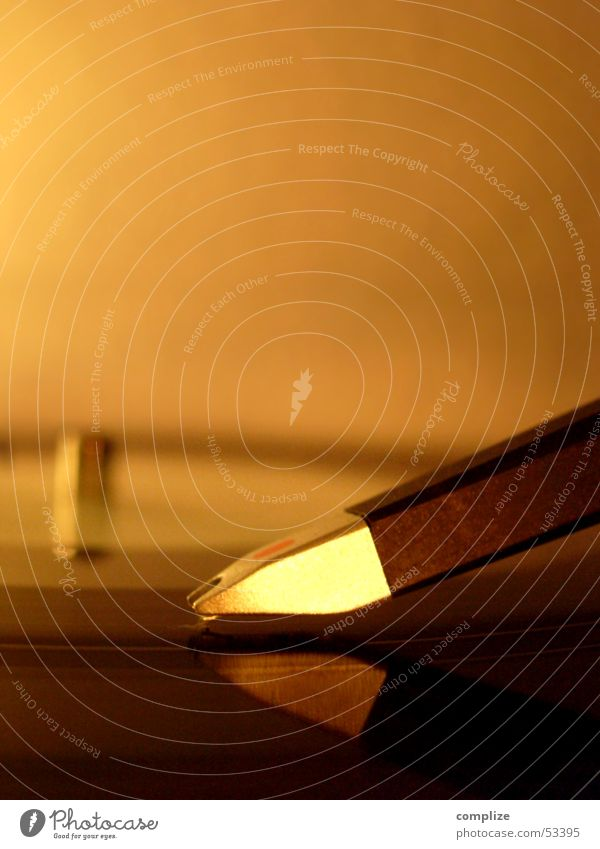 gold Reflection Mirror Music Club Disco Disc jockey Clubbing Gastronomy Loudspeaker Concert Record Musical notes Gold Record player Dust Mixing desk Techno