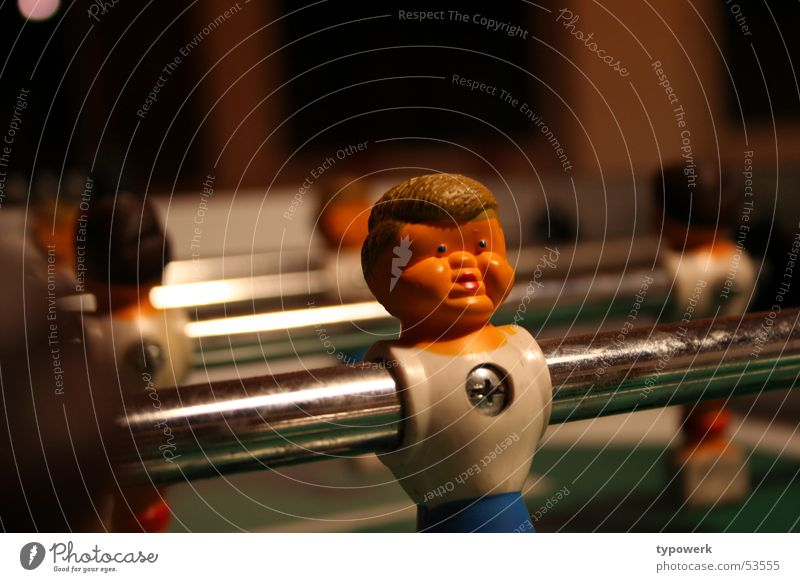 Big cheeks ... Rod Hair and hairstyles Screw Table soccer Cheek Playing Face Piece Sports Fat Dented Gaze Cross-head screw Glittering Shallow depth of field