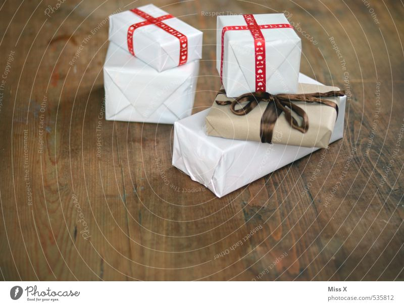 Christmas & Advent Emotions Wood Feasts & Celebrations Moody Birthday Shopping Stripe Wedding Gift Luxury Surprise Thank you very much Anticipation Packaging