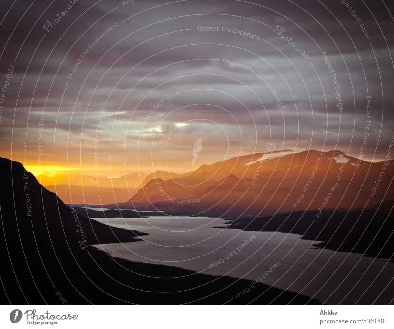 Nature Beautiful Landscape Mountain Love Emotions Death Lanes & trails Exceptional Horizon Moody Climate Illuminate Perspective Esthetic Communicate
