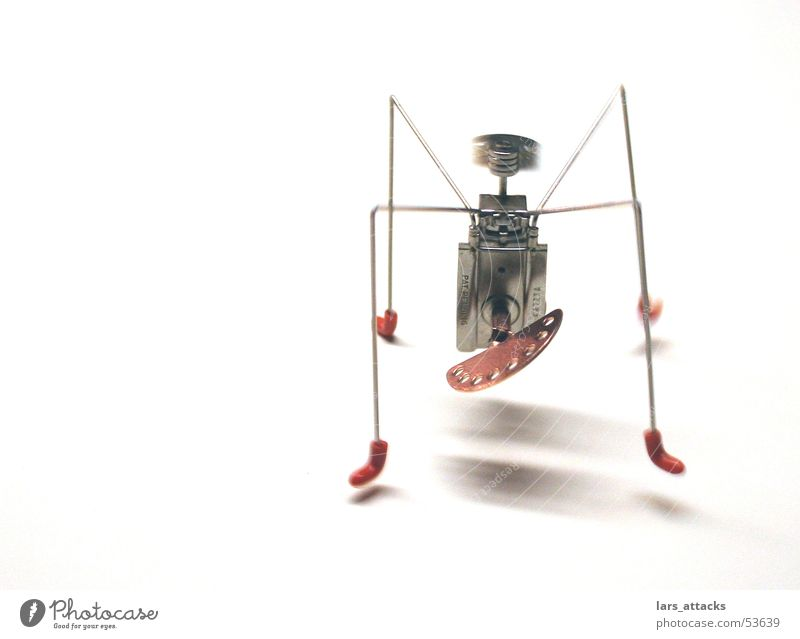 steel spider Gust of wind Toys Rotation Speed Mechanics Gravity Feather Agitated Movement Flying Feet Metal red feet