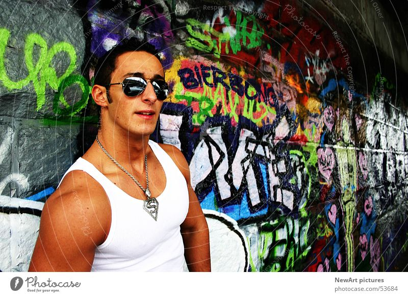 summer Summer Sunglasses Undershirt Man Wall (building) Klagenfurt am Wörthersee Superman Human being Musculature Graffiti Underpass