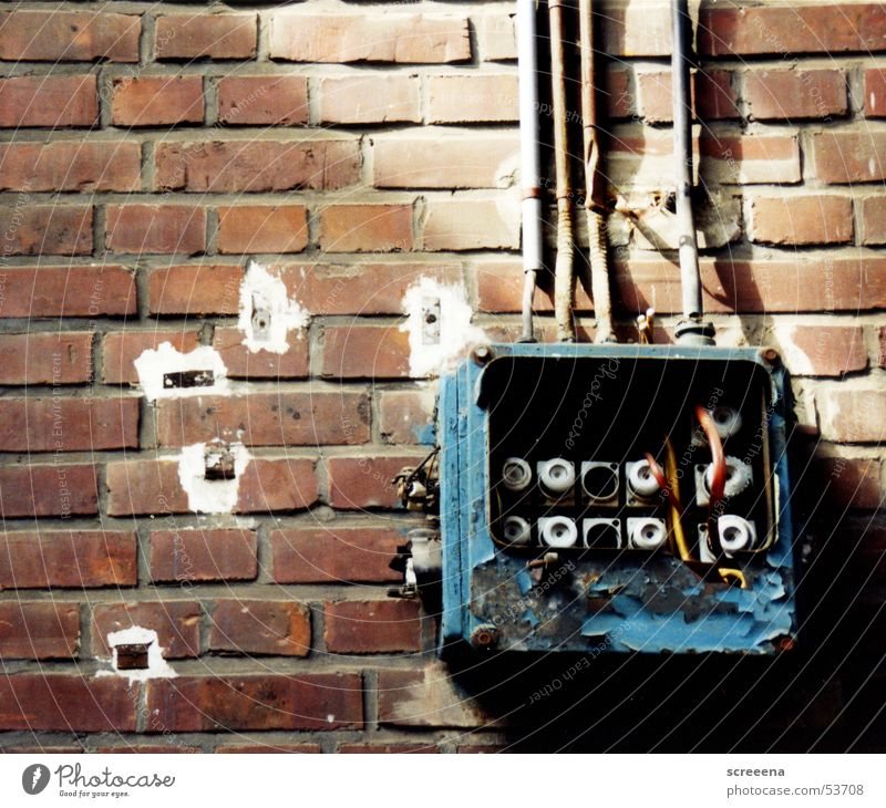 Old Blue House (Residential Structure) Cable Broken Brick Collateralization