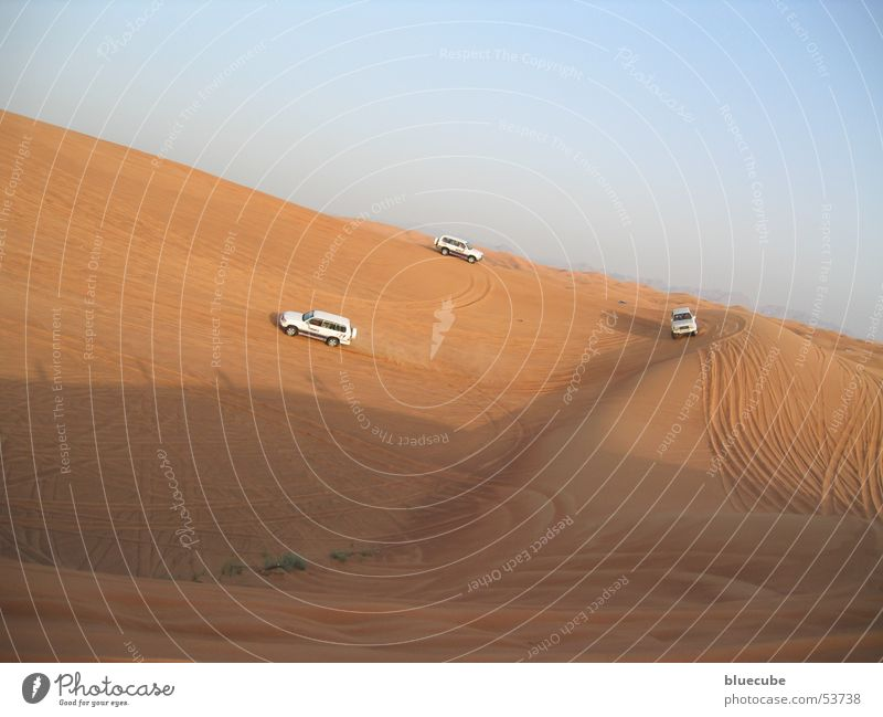 Desert ships with PS Safari 3 Sand Car dubei