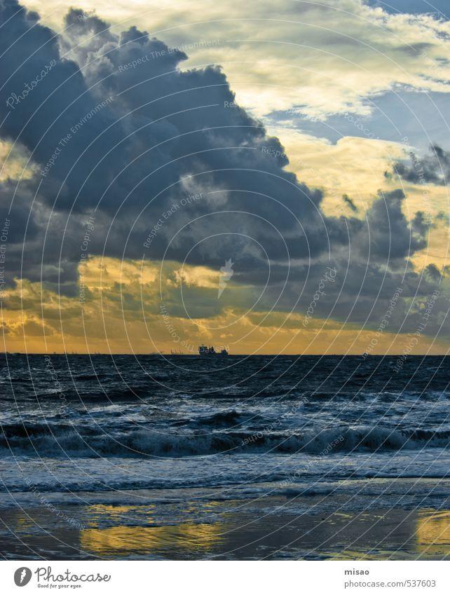 Sky Blue Water Sun Ocean Clouds Beach Yellow Autumn Coast Swimming & Bathing Waves Wind Transport Illuminate Beautiful weather
