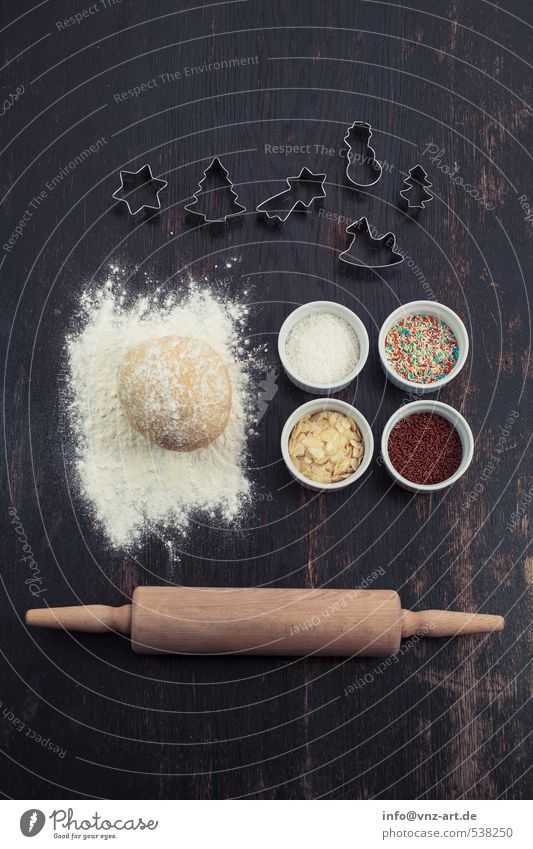 Christmas & Advent White Wood Feasts & Celebrations Food Table Bowl Baked goods Dough Cookie Granules Rolling pin