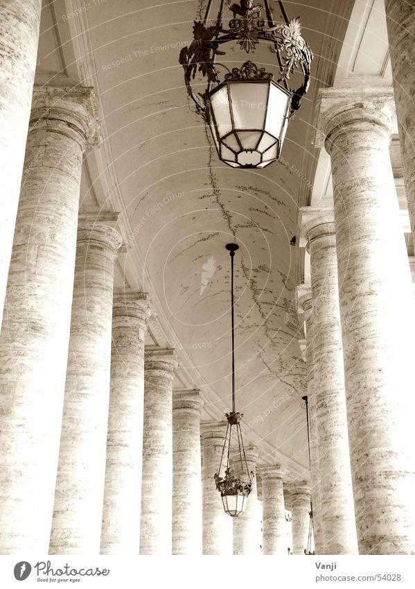 Old Lamp Lanes & trails Italy Manmade structures Historic Column Rome Sightseeing House of worship Peter's square