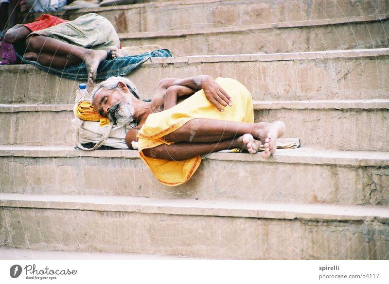 sleep Sleep Rest India Asia Facial hair Yellow Varanasi Hinduism Religion and faith Siesta Dust Barefoot Relaxation beard nap steps Dirty dirt poor Arm Earth