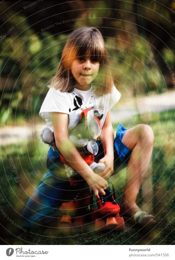 Rollergirl, then Rollerskating Roller skates Human being Feminine Child Girl Sister Infancy Life 1 8 - 13 years Garden Blonde Bangs Toys Cuddly toy Observe