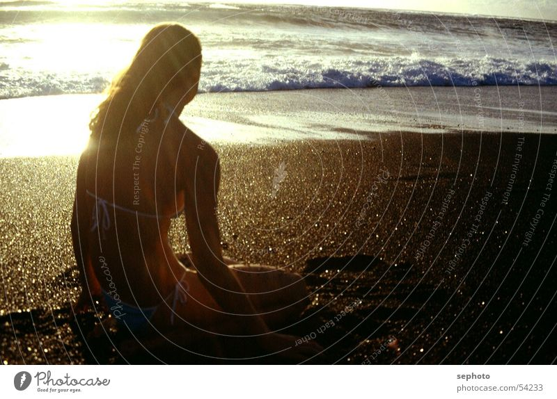 Woman Sky Water Vacation & Travel Sun Girl Summer Ocean Beach Black Calm Hair and hairstyles Sand Waves Wind Blonde